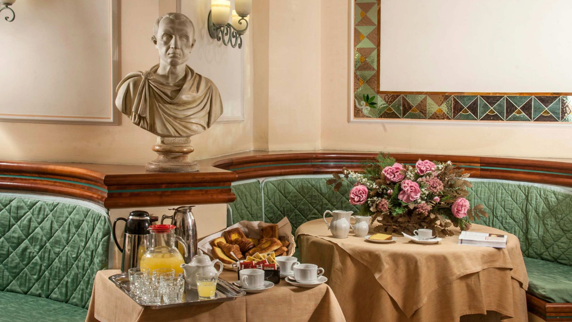 Photo-Gallery-Hotel-Regno-Rome-breakfast-46
