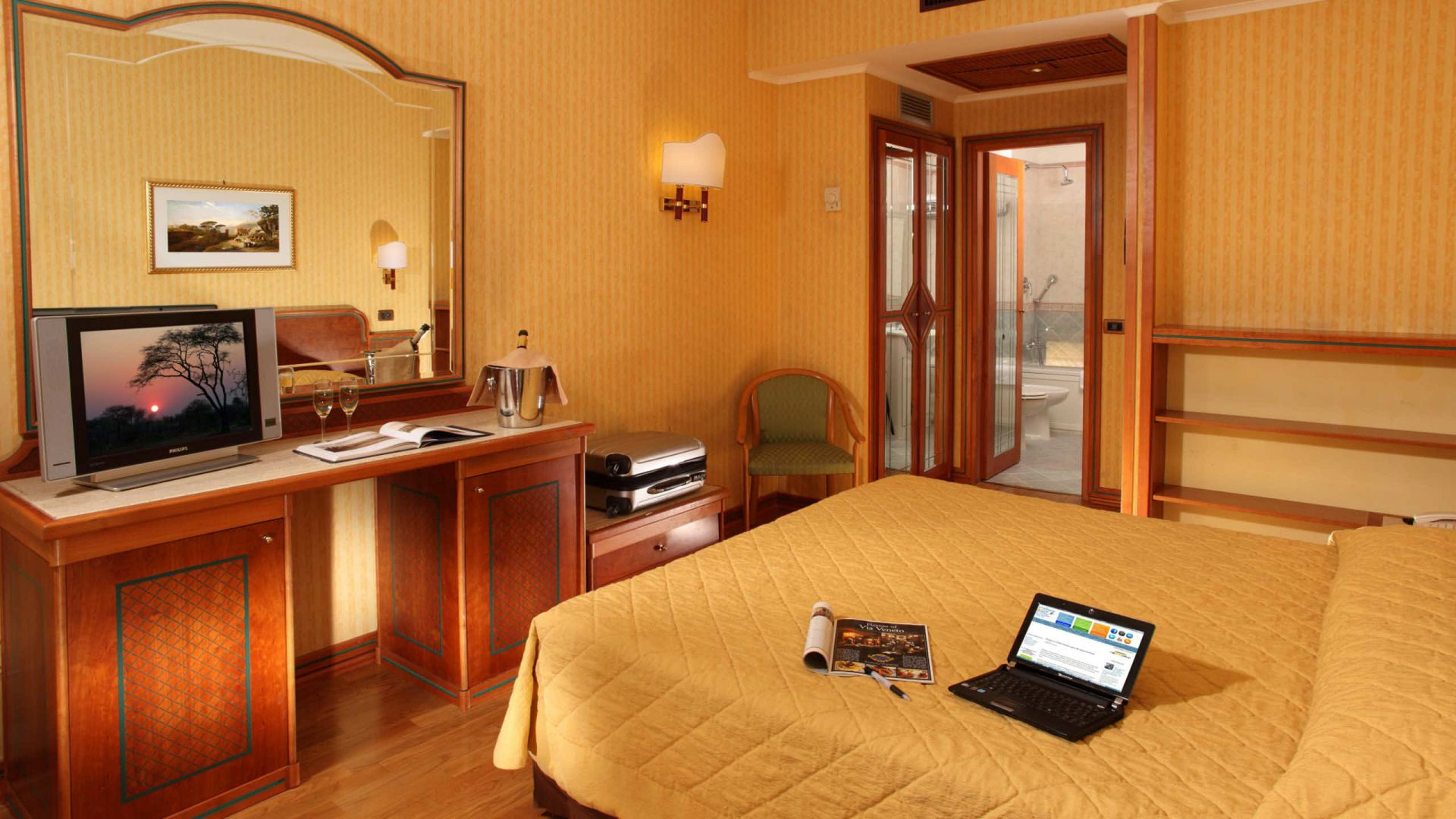 Photo-Gallery-Hotel-Regno-Rome-room-10