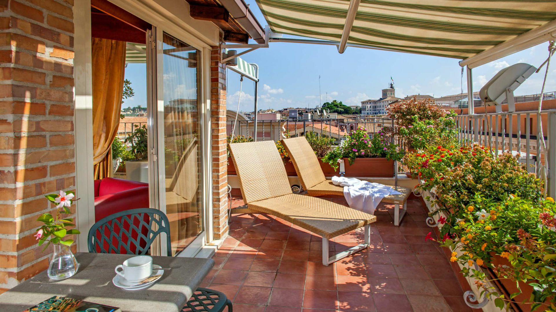Photo-Gallery-Hotel-Regno-Rome-terrace-43
