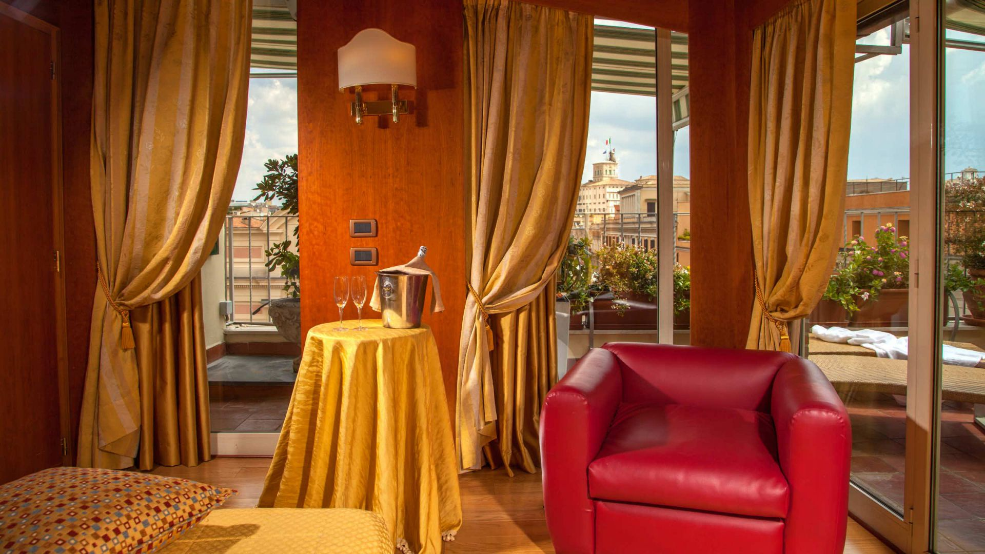 Photo-Gallery-Hotel-Regno-Rome-room-44