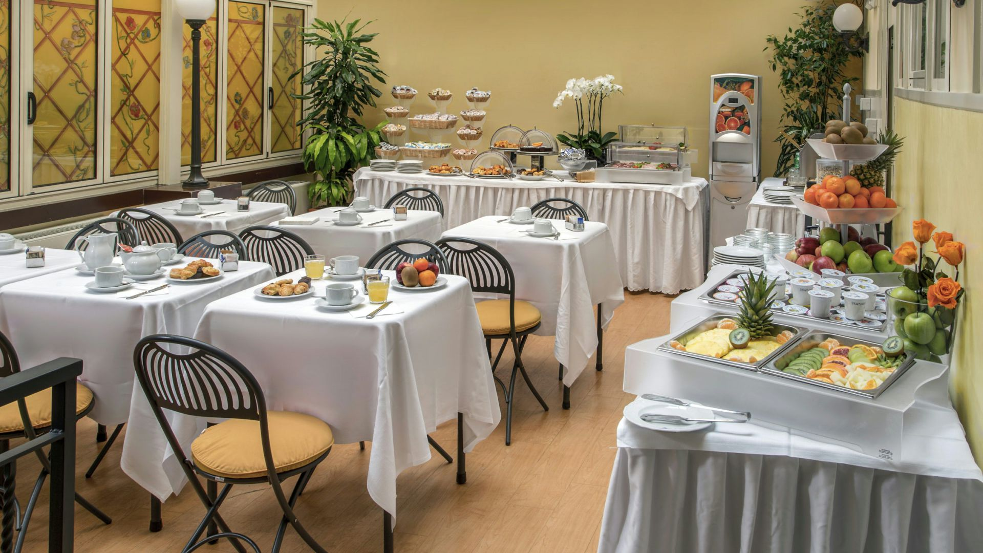 Photo-Gallery-Hotel-Regno-Rome-breakfast-50