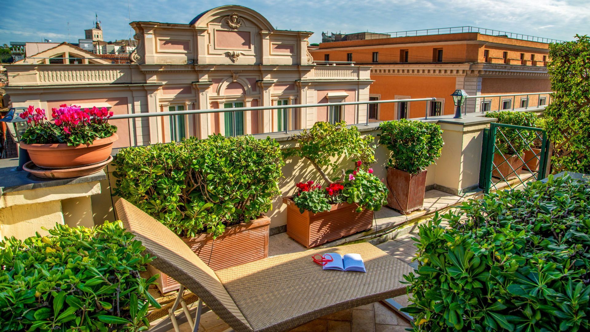 photo-balcony-hotel-regno-rome-8